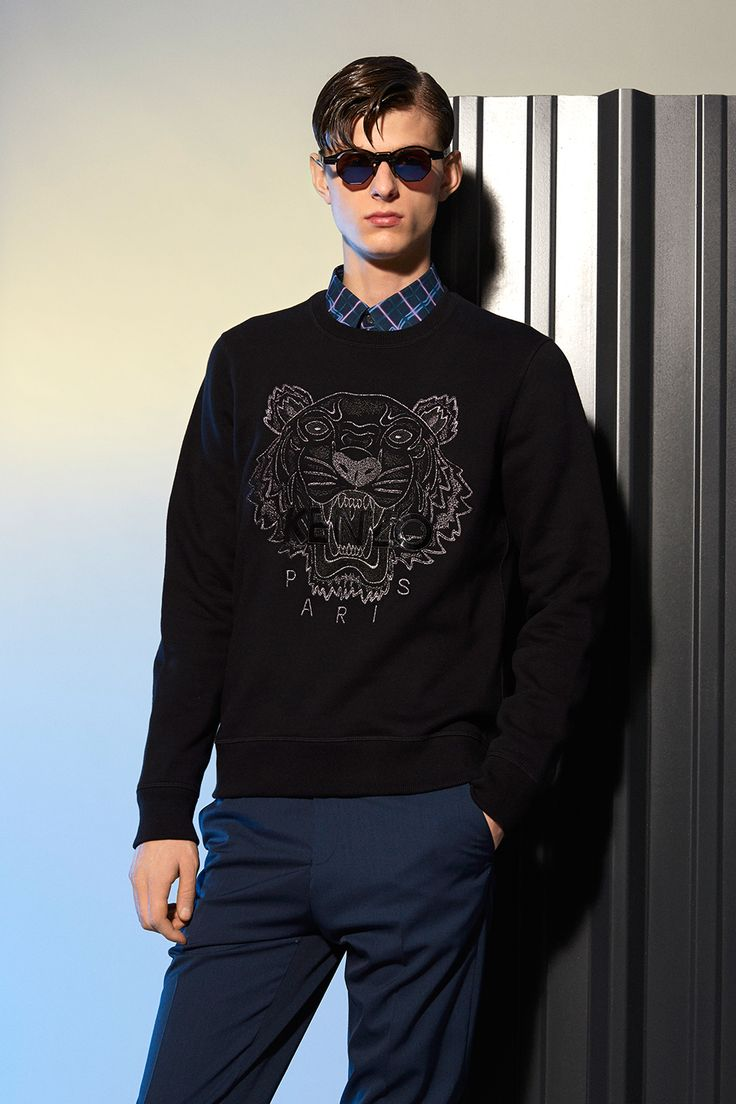 kenzo tone on tone tiger sweatshirt kenzo sweatshirts sweaters men kenzo e shop fashion. Black Bedroom Furniture Sets. Home Design Ideas