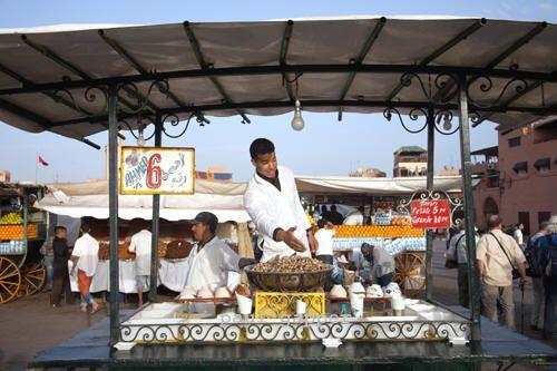 Food seller at Place Jema al-Fna
