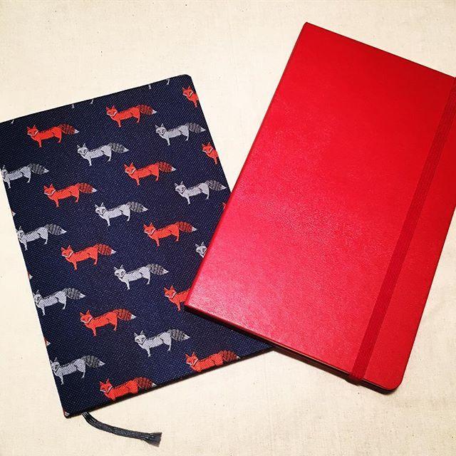 saacalm少々気が早いけど、2018年の手帳を🗓📖✏️モレスキンの真っ赤なウィークリータイプを選んだ。まだこれといった予定ないけど、書き込むの楽しみ。あと3ヶ月はお気に入りのキツネにゴリゴリ予定書き込みます🦊 #diary #2018 #moleskine #notebook #鬼が笑う #早さ #手帳 #モレスキン #気が早い #生き急いでる #今のところ #日本ほど種類ない #いいなと思ったら #日本製 #中身も日本仕様 #使えない…2017/09/21 06:30:04