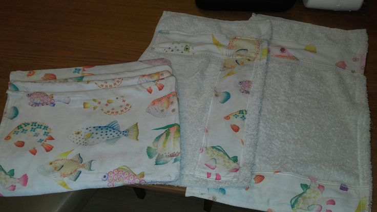4 placemats and couple of tea-towels made out of 2 large tea towels.