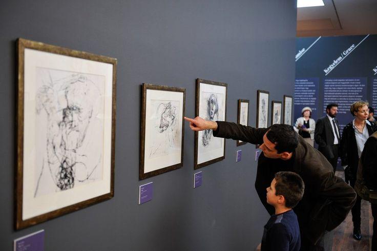 Szalay Lajos bibliai ihletésű grafikáiból nyílt kiállítás a debreceni MODEM-ben
