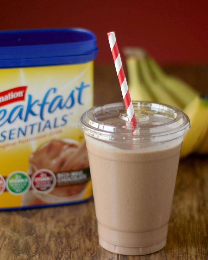 Carnation Breakfast Essentials Chocolate Peanut Butter Banana Smoothie  #BreakfastEssentials #PMedia #ad