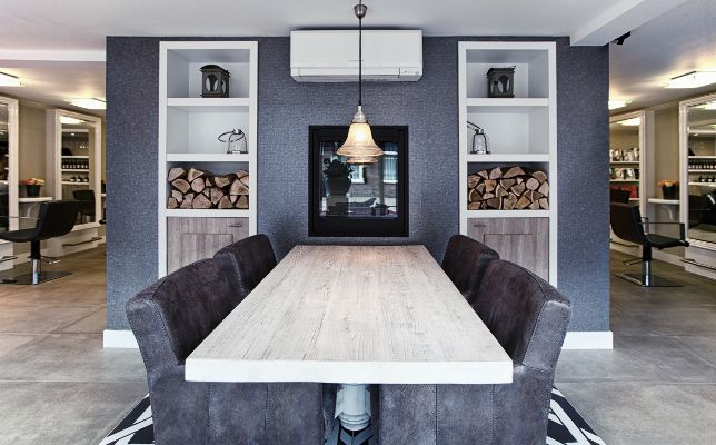 25 beste idee n over salon decoreren op pinterest for Kappers interieur