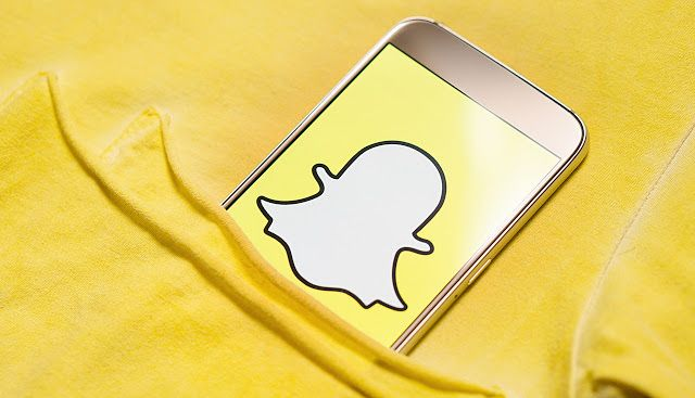 Snapchat Users Can Now Create Personalized Augmented Reality