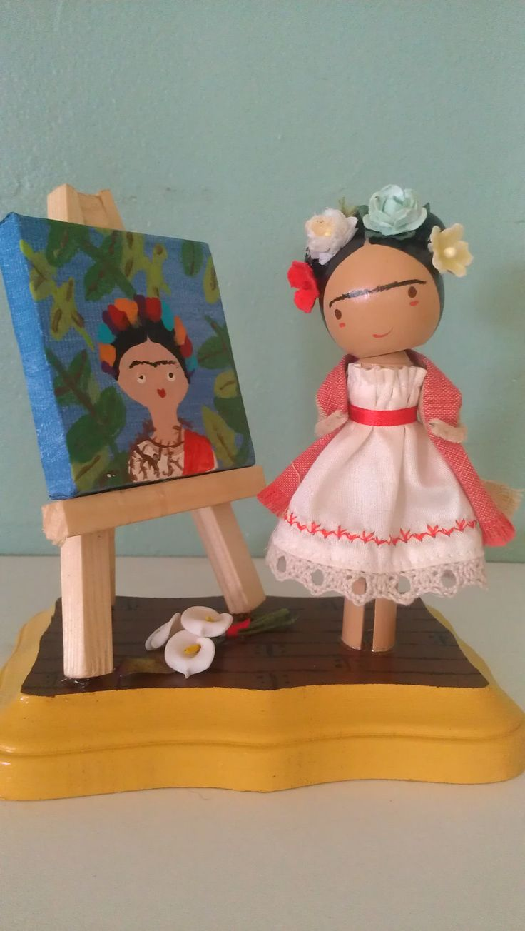 Frida Kahlo Clothespin Doll! can I make a whole set of these for class? I actually just bought some of those too cute canvases at WM...