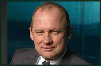 Peter Firth as Harry Pearce in MI-5. Be still my beating heart.