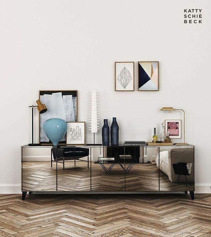 Que original mueble con puertas de espejo que transmite una gran sensación de profundidad y mucha ligereza.