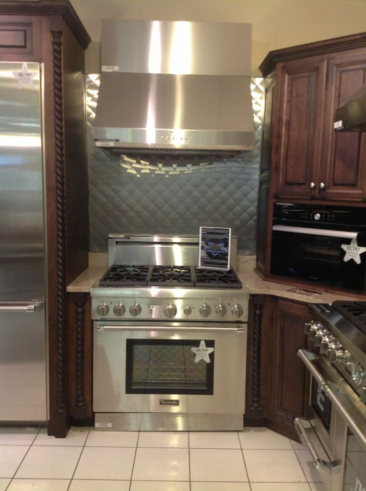 Thermador Range And Hood From Percys Kitchen Ideas