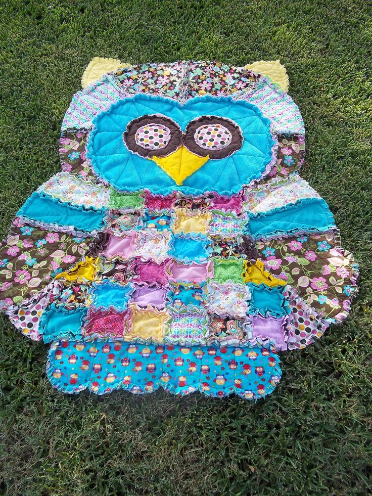 Owl Rag Quilt! While the link is to Etsy - Simplicity makes the pattern! http://www.simplicity.com/p-1841-crafts.aspx#