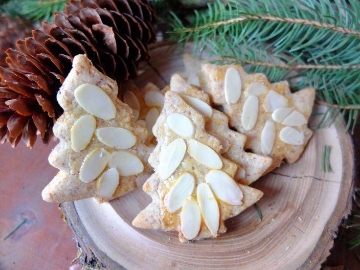Ein Klassiker der Gewürz-Plätzchen, die in der Weihnachtsbäckerei nicht fehlen dürfen sind Spekulatius.Beim Backen liebe ich den würzigen Duft von Kardamom, Nelken, Muskatblüte und Zimt, der durch…