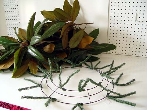 Nothing says Mississippi like a Magnolia Wreath. Trendy Tree is located in Mississippi of course where Magnolia trees abound. In the past, I've made Magnolia wreaths using round wire forms, paddle wire and lots of elbow grease. I've been wanting to try using a Work Wreath product with fresh greens or Magnolia branches to see …