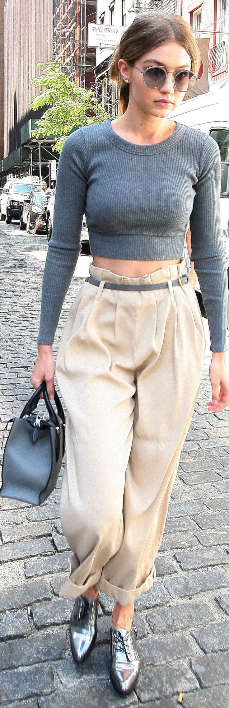 HATE the shoes, love the outfit - Gigi Hadid -