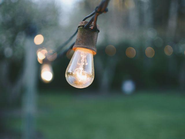 Lees op mijn blog tanjakiest.nl mijn 13 tips als je wilt beginnen met besparen