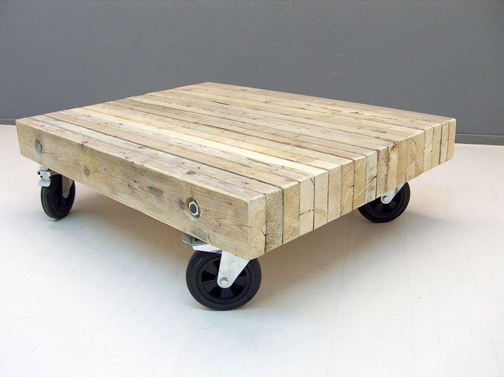 Salontafel van balken op zijn kant (190920131120) | TV meubels & Salontafels | JORG`S Houten Meubelen