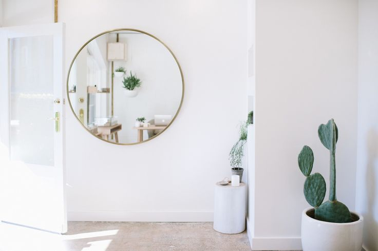 Natalie Marie Jewellery. Studio Inspiration. Interior inspiration. Indoor Cactus. Via The Lane Bridal. Image by Tealily.
