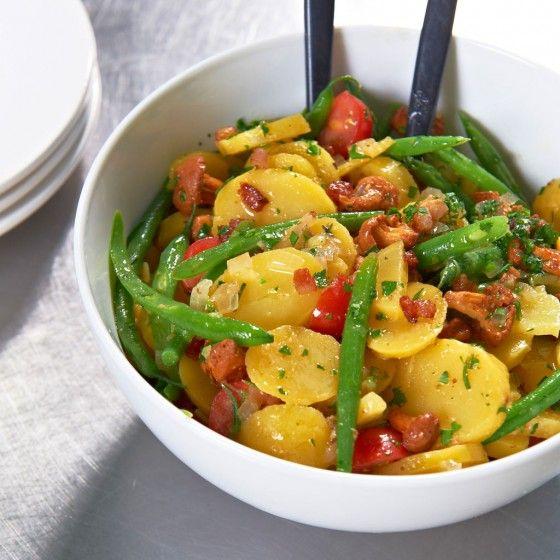 ESSEN & TRINKEN - Kartoffelsalat mit Bohnen und Pfifferlingen Rezept