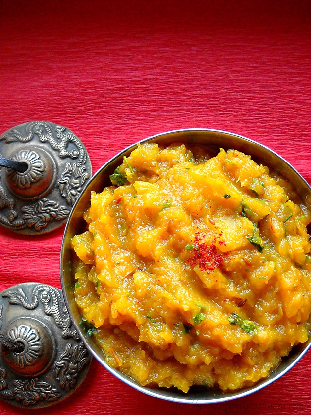 north indian recipe of pumpkin (kaddu) sabzi -- Going to attempt this with sweet potatoes. !