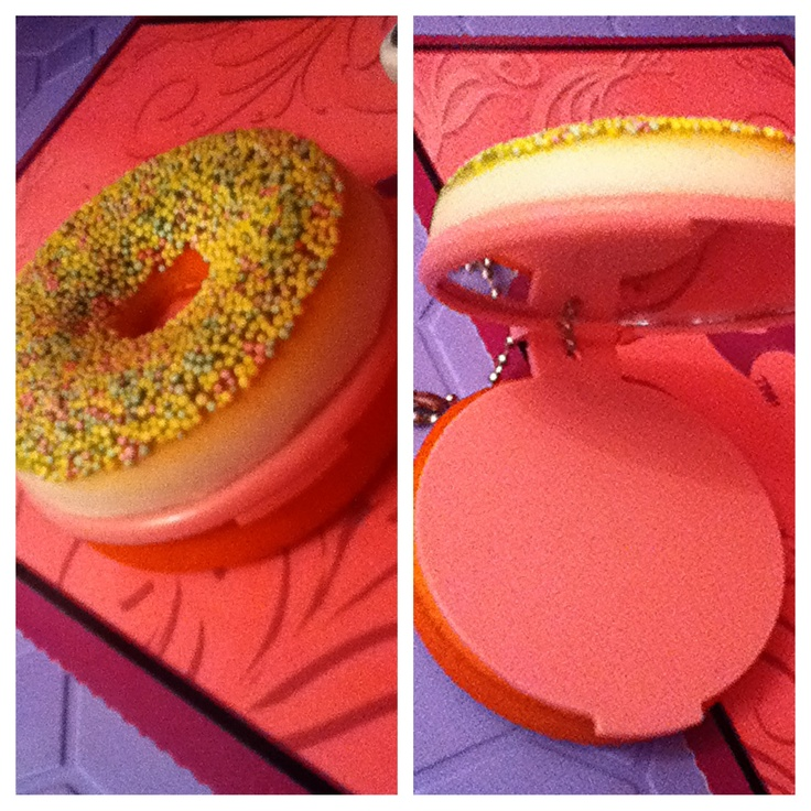 Squishy Burger Mirror : 17 Best images about Kawaii squishes on Pinterest Ball chain, Kawaii and Cute donuts