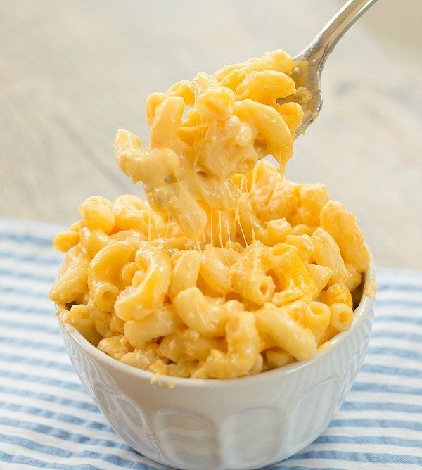 This slow cooker mac 'n' cheese that's just doing a little stretching: | 29 Foods That Will Sexually Awaken You