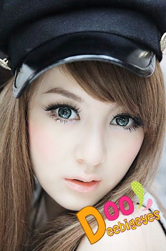 Coloured contact lenses Bigeye Natural Tones Dolce contact lenses bigeye Dolce_Green Code: Dolce_Green Brand: Sweety/Barbie Model: Dolce_Green Soft Contact Lens Duration : 1 year Diameter(mm) : dia 14.5 Base Curve(mm) : B.c 8.60 Effect 17 Water content 38% Expire : 5 Years Manufactured...