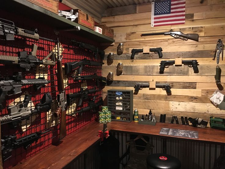 1000 images about gun rooms racks on pinterest for Home gun room
