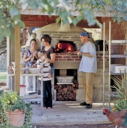 Outdoor Brick Oven: Home Projects