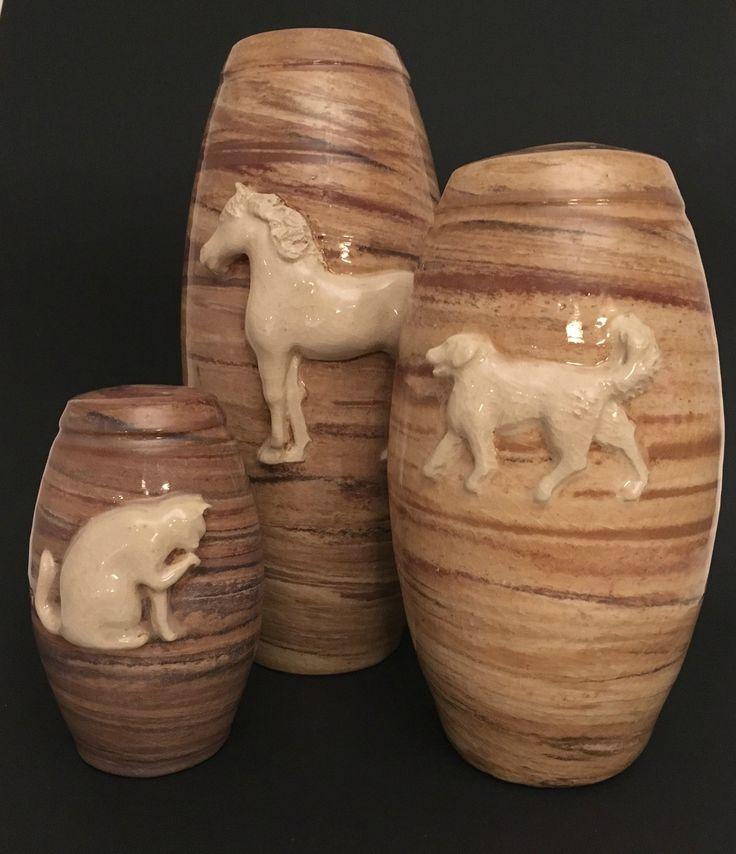 Dieren urnen voor hond, kat of paard.