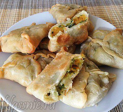 Жареные пирожки с тыквой и шпинатом на сковороде | Классные вегетарианские рецепты