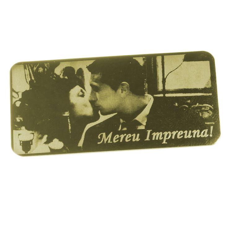 Placuta personalizata prin fotogravura - ideala pentru aplicat pe diferite cadouri de Valentine's Day