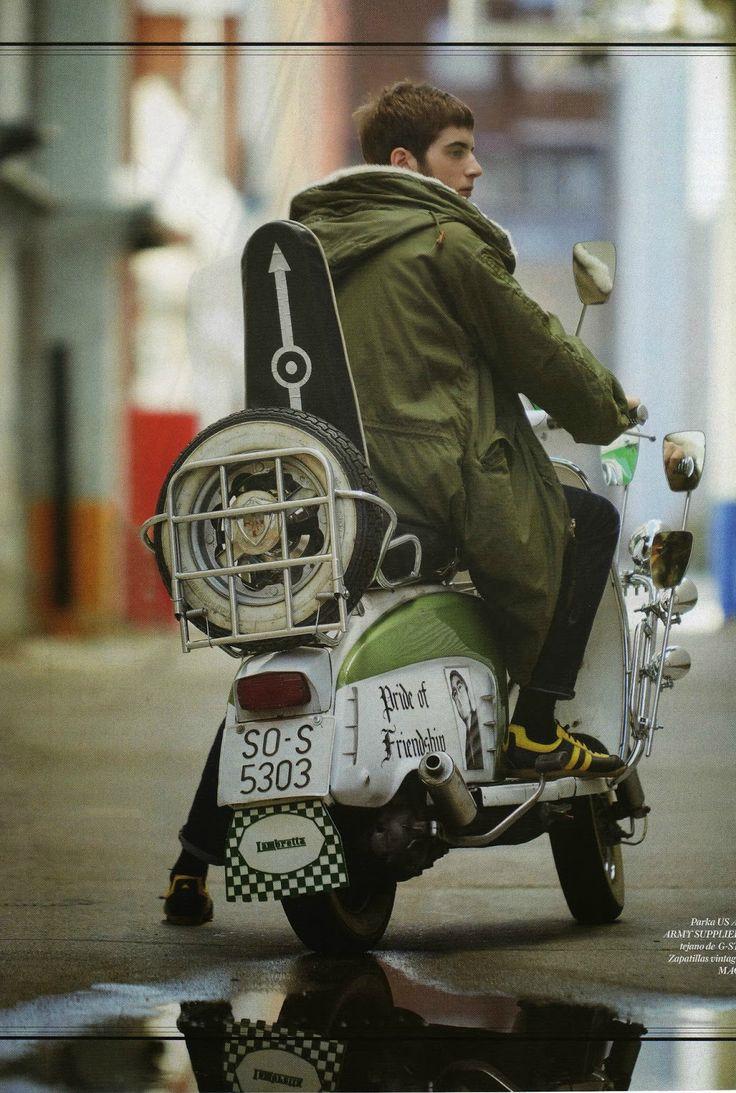 モッズコートとバイクの着こなし