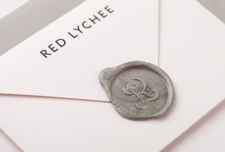 Red Lychee was built from an appreciation for finest fabrics, superior quality, form and above all design functionality.