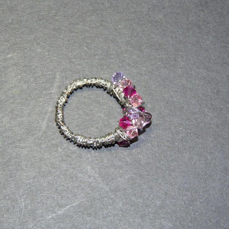 anello con cristalli