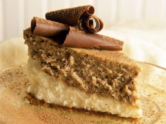 Haselnusstorte (cooking cake birthdays)