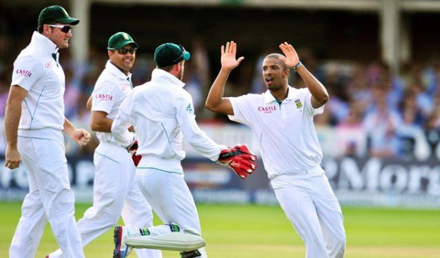 The Proteas meet the W-Indies at Newlands this weekend for a thrilling 5-day test! Deets:    Catch all the summer tect cricket action when the West Indies hit our shores to go up against our very own Proteas for the Sunfoil Test Series at the Newlands Stadium from Friday, 2 to Tuesday, 6 January 2015. www.capetownmagazine.com/events/sa-vs-west-indies-test-cricket-match-in-cape-town/11_37_55920