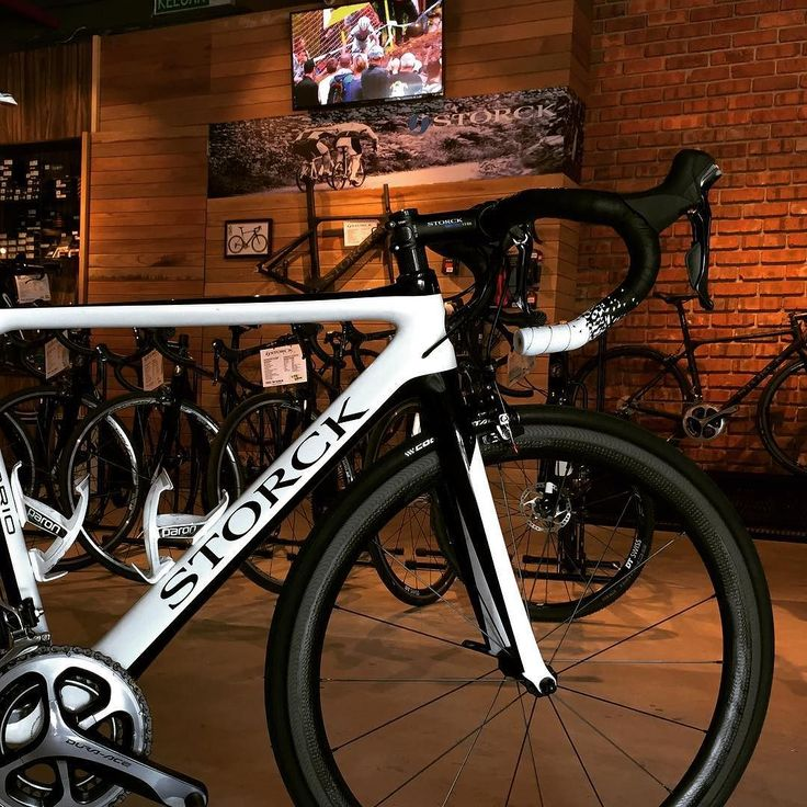 Color white #onecycling #GUEE #ginhuat #sldual #storckbikes #cyclingstyle #cycling #outdoors #biking #bike #cycle #bicycle #instagram #fun