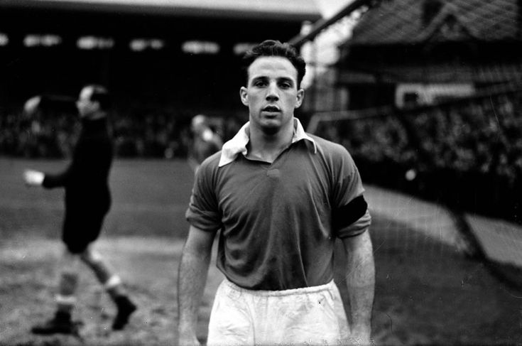 Liverpool FC Scouse Captains: Ronnie Moran – From Bootle Tech to the Boot Room