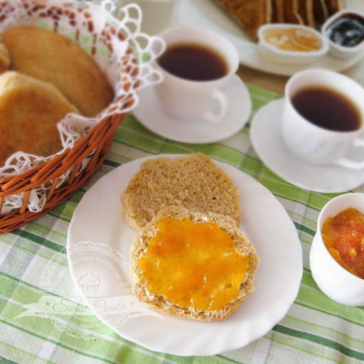 Maślane bułeczki śniadaniowe | Świat Ciasta