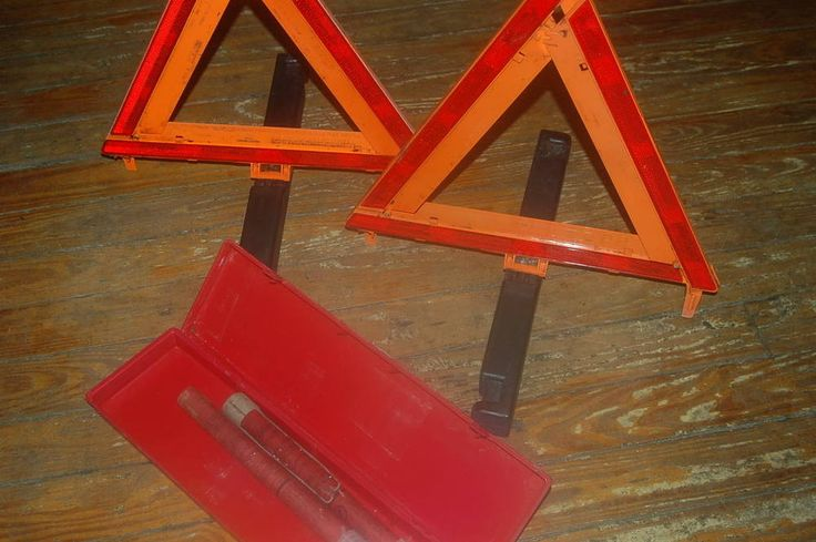 Road Flares Warning Triangles Pair & Pair of Road Flares  | eBay