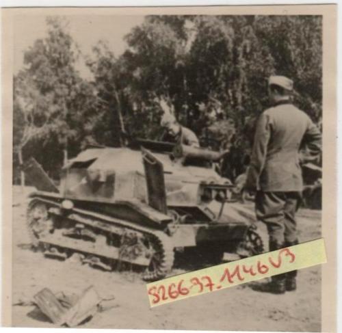 Polen-1939-Kleiner-polnischer-Panzer-erbeutet-suedlich-WYSZOGROD
