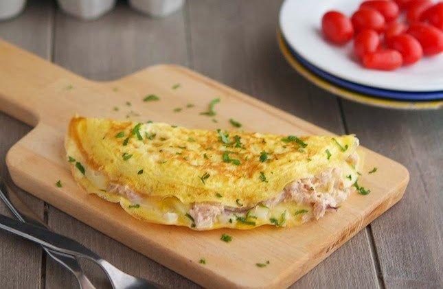 Proteinreiches Omelett mit frischen Kräutern