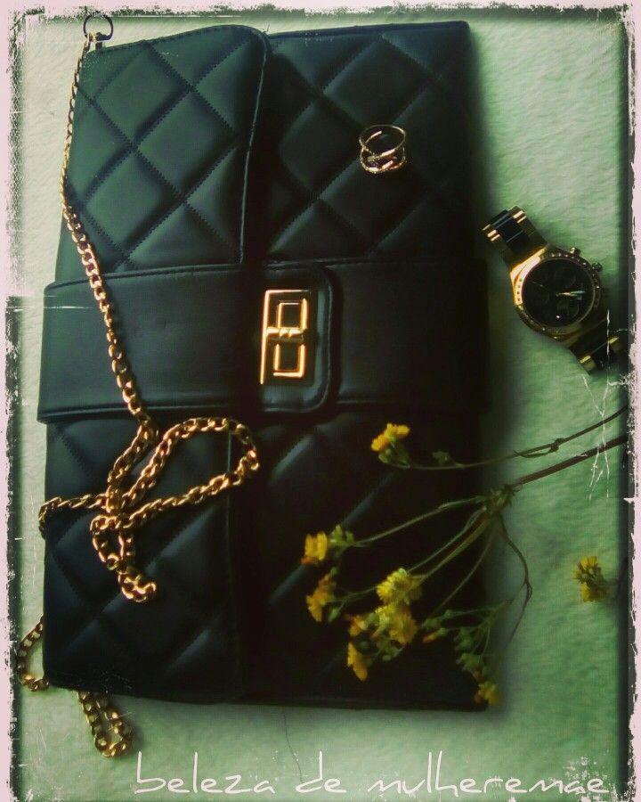 #bag #watch #ootdwatch #goldwatch #bkackandgold #acessórios #fashion