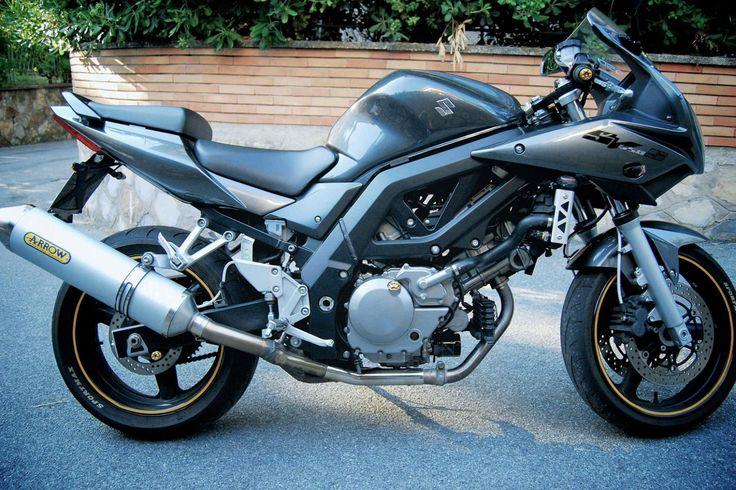 Suzuki SV 650 S '07 2007-2010 Moto Suzuki SV 650 S '07 2007-2010 vendo usato a Genova € 3.350 http://www.insella.it/annuncio/suzuki-sv-650-s-07-2007-2010-117706