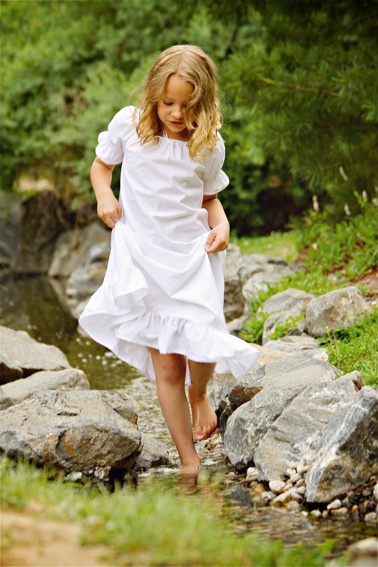 Short Sleeve Tiny White Flowers Nightgown Girls by lavenderave