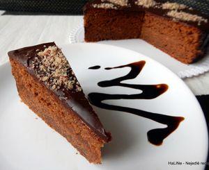 Čokoládový dort ze zakysané smetany