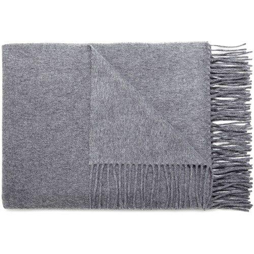 Gråt uld halstørklæde. | I Wish // | Uld og Canada