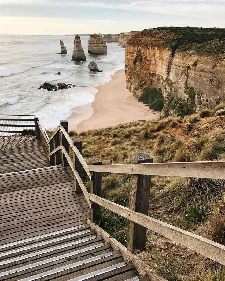 Twelve Apostles, Great Ocean Road in Victoria Australia - via Live Like it's the Weekend on Instagram