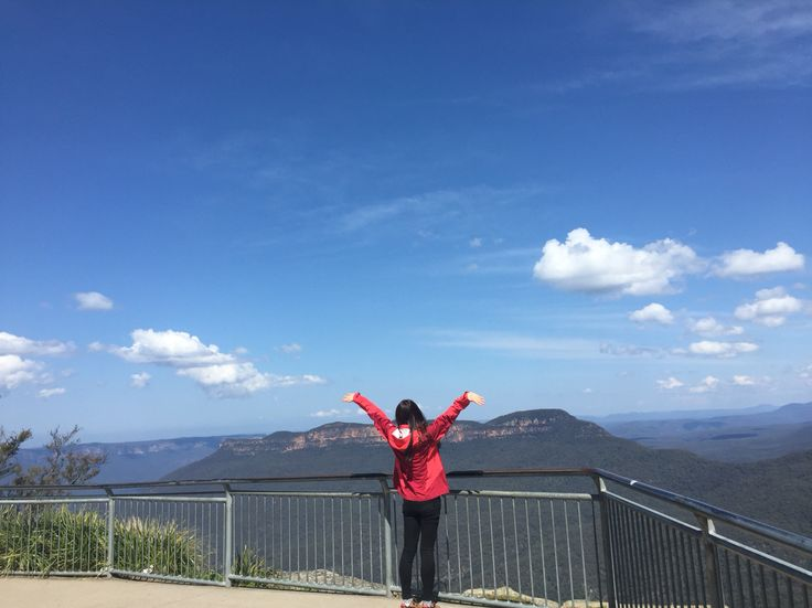 Finally! I've been there! Blue mountain in Australia! Despite winter, it was a sunny day! We were lucky✨ I never forget looking at the fantastic veiw!