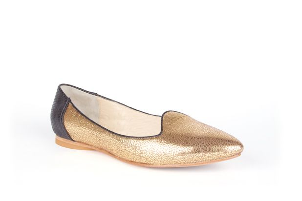 The Feminine Slipper colour blocked in Black Python and Metallic Gold by Poppy Barley Made to Measure. #Customize your leather colours and hardware. #Handcrafted to your measurements. #Flats #BalletFlats poppybarley.com