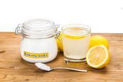 Le mélange du citron et du bicarbonate de soude est un puissant remède...