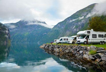 tour New Zealand in a camper van